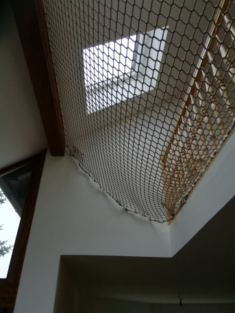 Fall Safety Net by the m² (Custom-Made) with Suspension Ropes | Safetynet365