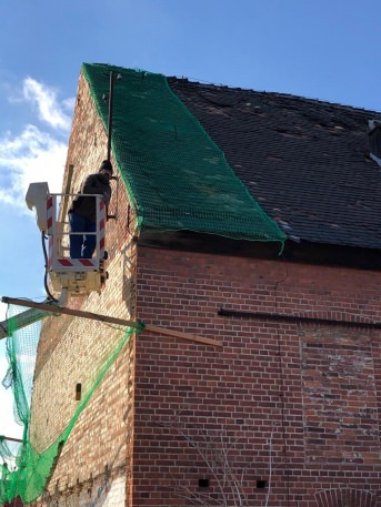 Safety Net for Tiles and Crumbling facades by the m² | Safetynet365