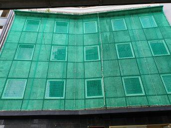 Auffangnetz mit luftdurchlässiger Plane 8 x 10 m | Schutznetze24